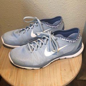 Women's Nike size 9 - light blue